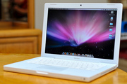 Apple MacBook 2007 white