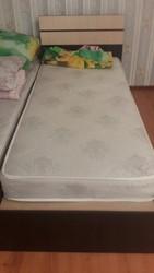 Продам одноместные кровати и матрасы