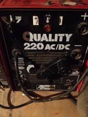 Продам сварочный трансформатор Telwin Quality 220 AC/DC