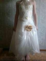 Продам платье на девочку (праздничное)