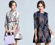 Женское платье с узорами